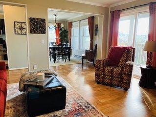 Serenity Resort Villa w/direct Mtn Views/600sqft Deck  & 2nd balcony /Pool/Hot T