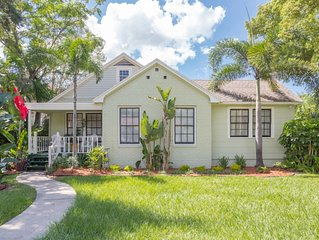 THE PERFECT LOCATION! South Tampa SOHO Bungalow Home