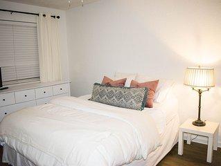Cute & Clean Private Bedroom in Condo near FSU- Females Only!