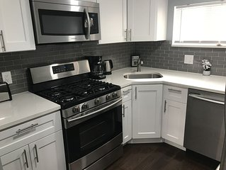 Amazing Trendy Trinity Home In South Philly!!