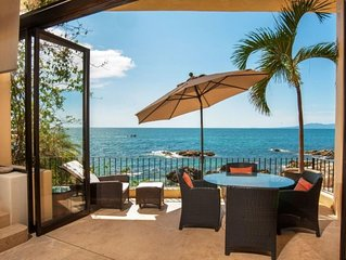Spectacular Serene Private OCEANFRONT Retreat -prized quiet close-in location
