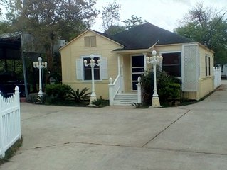 This location has it all for country comfort near the bay and beach!