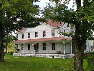 4 bedroom Catskills farmhouse in Roxbury, NY