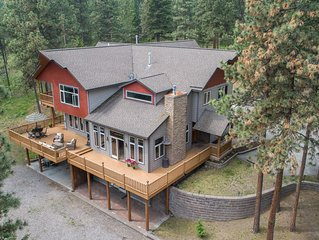 Large Secluded Home on Blue Mountain with Direct Access to trails