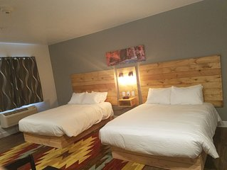 Kanab Suites Queen Bed #6