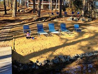 New Listing! Sandy Beach, Main Lake, Deep Water, Pet Friendly, Boathouse!