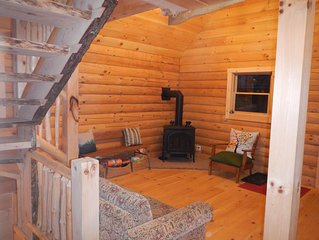 Log Cabin in Picture Perfect Jackson, NH - near Storyland in the White Mountains