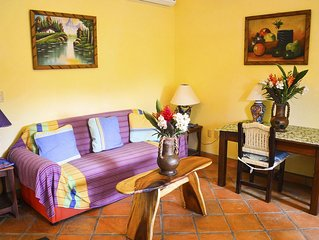 2-bedroom apartment, kitchen, patio, chlorine-free pool, 1 minute from beach