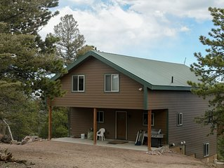 Beautiful Mountain Cabin with Teepee on 37 Secluded Acres