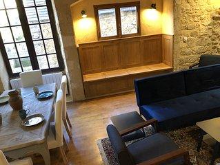 Jacuzzi, Classic Charm: Gite de Charme inside Domme, fireplace, location!!!