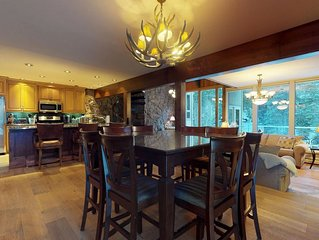 Spacious House On GORE CREEK ~ 5 Bed / 5 Baths (Sleeps 12) Bus Stop next door!