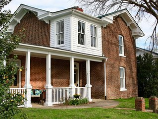 New! The Nathaniel Inn - Upscale Vacation Rental in Central VA