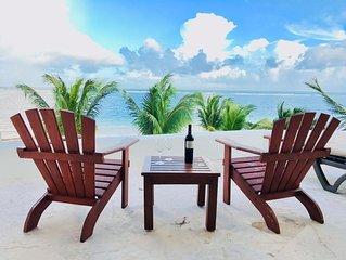 ocean front condo in the best location in puerto morelos.