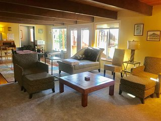 Olympic Sunset Retreat guest suite-clean and roomy  2BR, 1 bath, 6 min to HWY 3