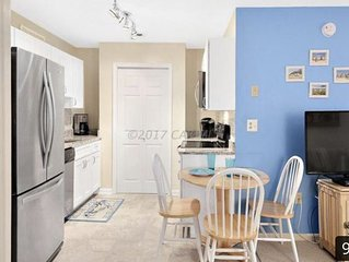 Family-Sized Ocean City Condo- 143rd St. Private and Close to Beach!