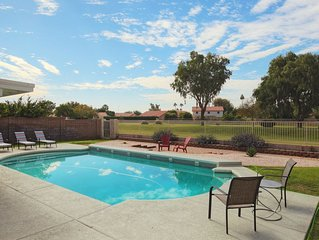 Relax In Sunny Arizona With Heated Pool And A Beautiful View