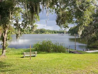 Lake front 2 bed 1.5 bath guest house PRIVATE