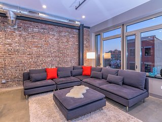 3BR Duplex Loft at the Center of It All Downtown