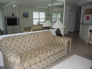Excellent 2 Bedroom Condo within walking distance to food, golf, and pool!