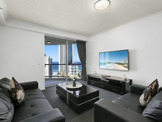 partment 1185 for the ultimate Surfers Paradise holiday experience