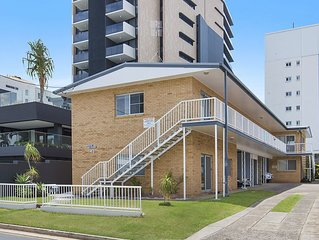 Mavic Court Unit 1 - Central Rainbow Bay Coolangatta
