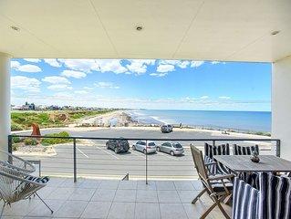 Middleton on Sea - Stunning Coastal Views Right Down Middleton Beach