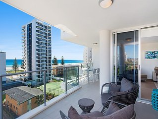 Eden Apartments Unit 702 - Modern 2 bedroom apartment close to the beach
