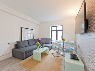 Claredon Hall - One Bedroom Apartment, Sleeps 4