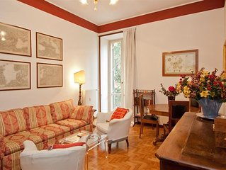 Spacious Ottaviano 135 apartment in San Pietro with air conditioning & balcony.