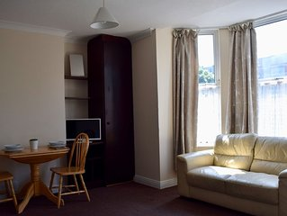 Bright Studio Apartment In Drumcondra
