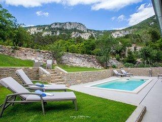 Beautiful villa with private pool and sauna