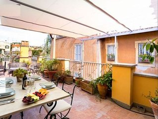 Vittoria Terrace apartment in Piazza di Spagna North with WiFi, air conditioning