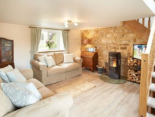Idyllic Pendleton Cottage based in the Peak District National Park. Two well-beh