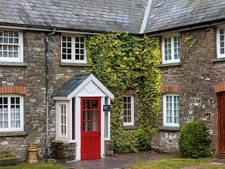 Ivy Cottage - Two Bedroom House, Sleeps 5