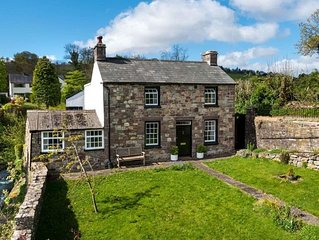 Rock Cottage - Four Bedroom House, Sleeps 6