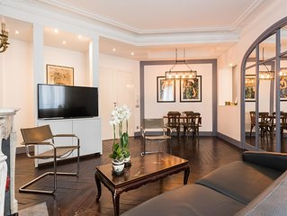 Saint Philippe du Roule apartment in 08eme - Champs  Elysees with WiFi & lift.