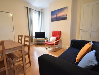 CENTRAL LOCATION - WHOLE 4 BED HOUSE (WWR)