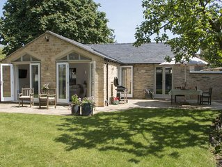 Hunter Cottage, a romantic retreat for two guests whilst being close to local am