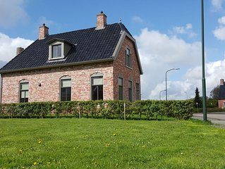 Heritage Holiday Home in Zoutkamp with Garden