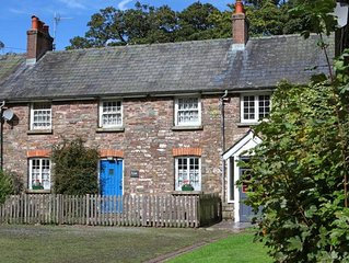 Fern Cottage - Two Bedroom House, Sleeps 5