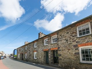 Bwthyn Clyd - Two Bedroom House, Sleeps 4