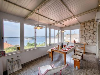 Two bedroom apartment with air-conditioning Hvar (A-14197-a)