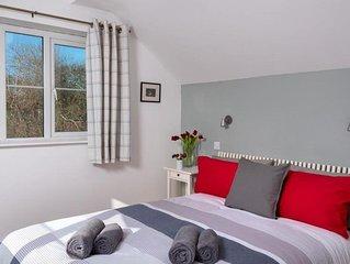 Glanpant Bach - Two Bedroom House, Sleeps 4