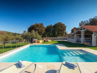 Lovely family villa close to the sea in Rovinj