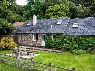 Byres Cottage - Three Bedroom House, Sleeps 5