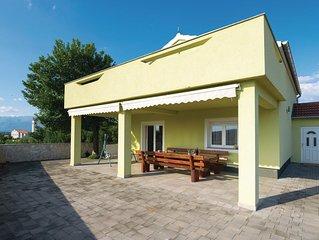4 Zimmer Unterkunft in Pridraga