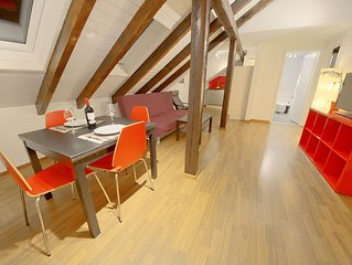 ZH Strawberry - Oerlikon HITrental Apartment