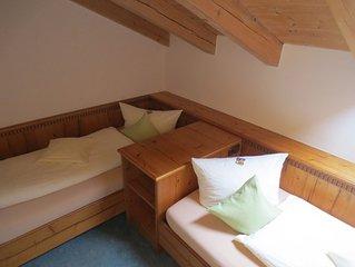 Ferienwohnung (60qm), Balkon, Kuche, WLAN, 2 Schlafzimmer und 1 Wohnzimmer, WLAN
