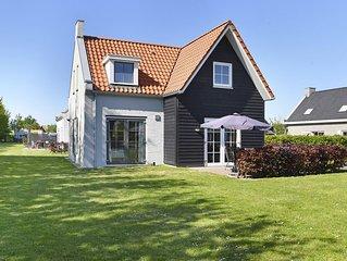 Komfort 8-Personen-Unterkunft im Ferienpark Landal Strand Resort Nieuwvliet-Bad