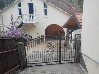 Ferienwohnung Igalo für 2 - 4 Personen mit 1 Schlafzimmer - Ferienhaus